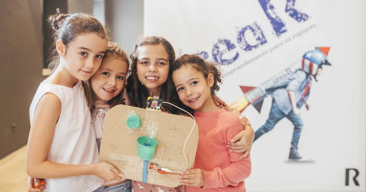 Un proyecto de emprendimiento tecnológico para niñas y niños