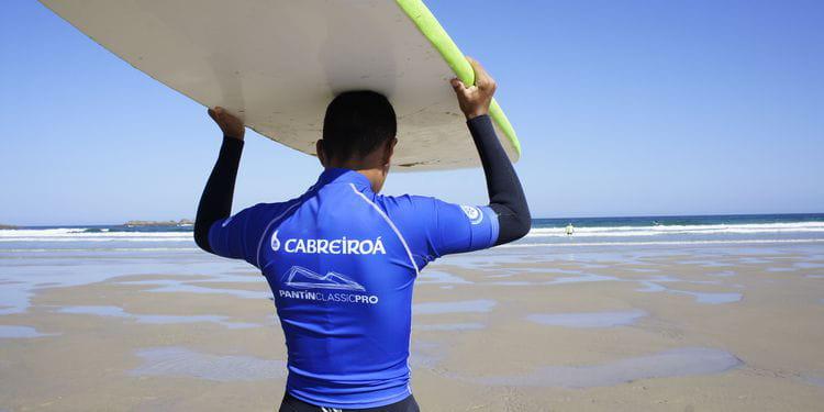 Un experiencia de surf, naturaleza y reciclaje para adolescentes.
